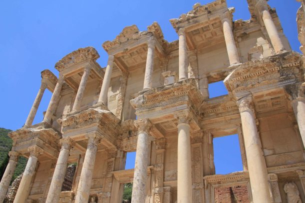 Library of Celsus - such a striking facade.